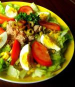 Ensalada Verde con Atún (Green Salad with Tuna)
