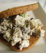 Seitan Salad Sandwich {Happy Thanksgiving!}