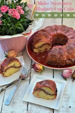 Moist Strawberry Rhubarb 7-up Cake