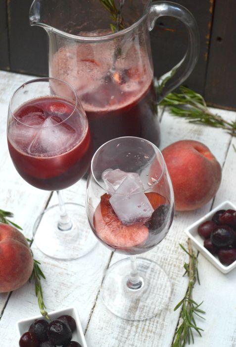 Sparkling Summer Sangria Mocktail - glasses