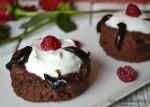 Chocolate Raspberry Mug Cake for Two (4 Giveaways)